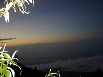 Sunrise on Agung