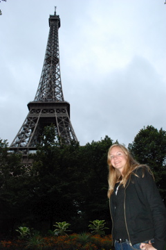 Lindsie at the Eiffel Tower