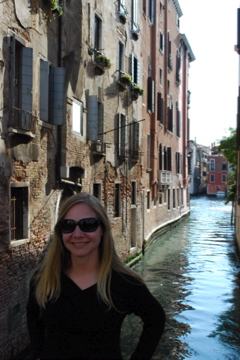 Flashpacking Wife in Venice
