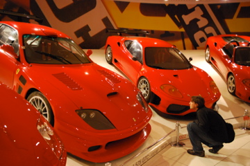 Flashpacking Curtis at Ferrari Museum